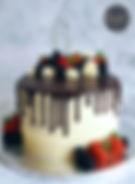 Ganache Chocolate drip & fruit