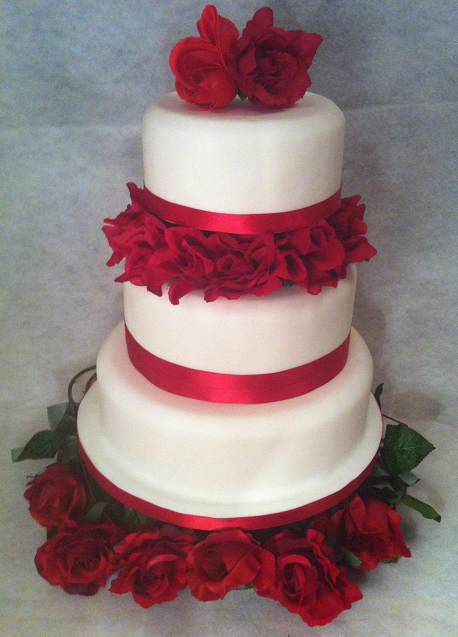 Red White Wedding Cake