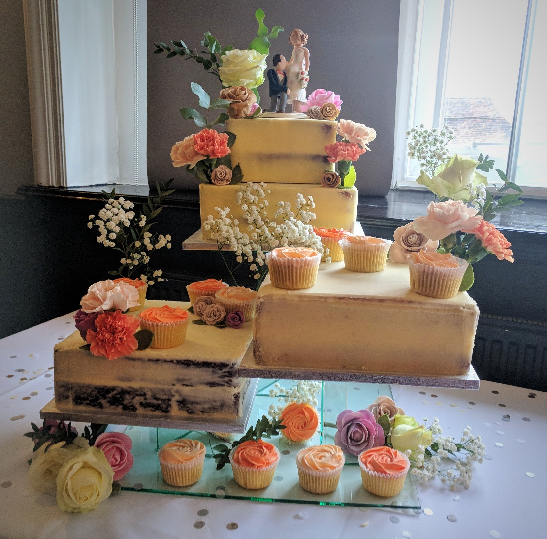 4 Tiers with Cupcakes, Real & Sugarp
