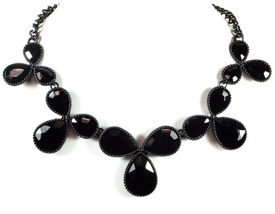 Black Floral Necklace - Model: MNE-4463