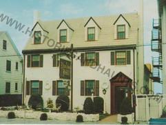 Dundee Inn 1
