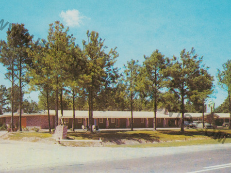 Golf Ranch Motel - undated