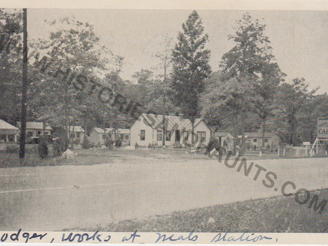 Virginia Beach Blvd. Cabins - 1941