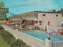 Murphy's Emerald Isle Motor Apartments - undated