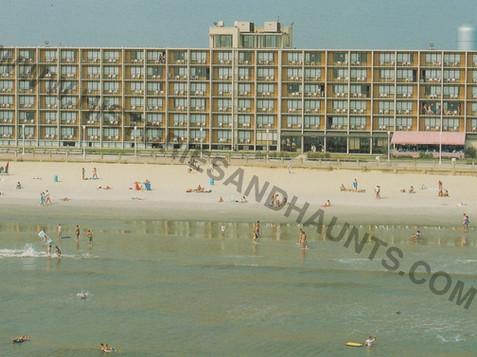 Oceanfront Inn 2
