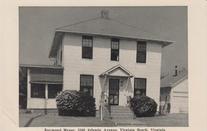 1962   Raymond Manor