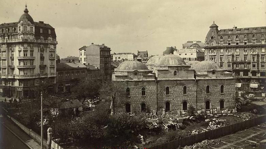 The Buyuk Mosque in 1920