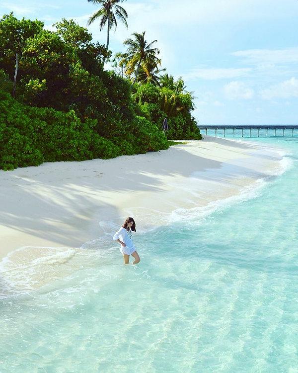 BILLIONAIRES ISLAND BEACHES & GARDENS (5