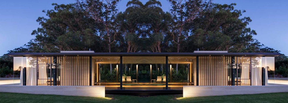 LUXURY LIVING PREFAB CONTAINERS (5).png