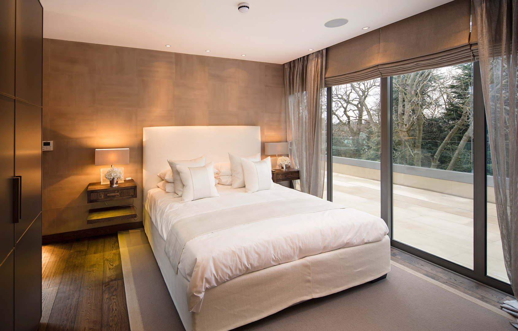 Lutron Bedroom with Savant and Lutron