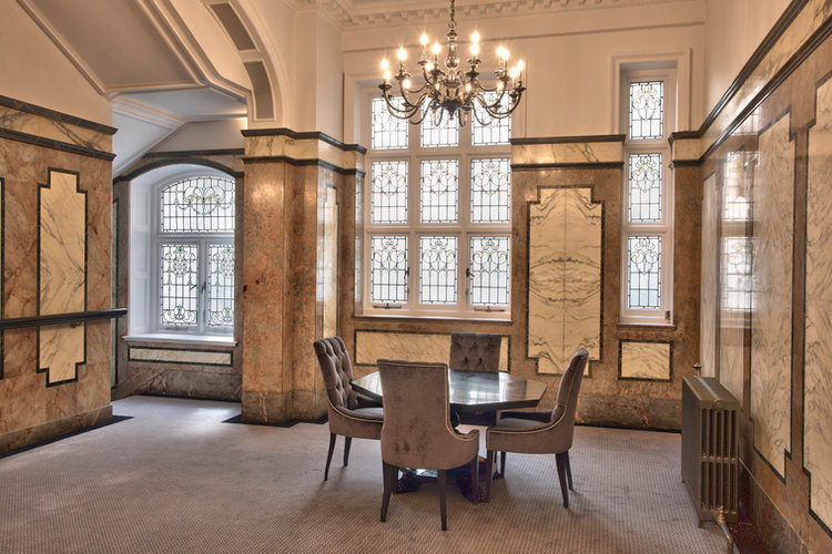 Welbeck House Lutron Chandalier Lighting