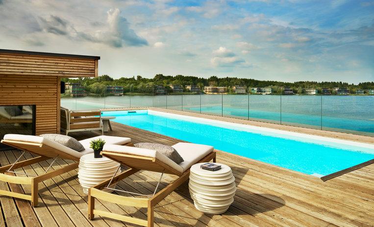 Poolhouse Lakes Roof Swimming Pool.jpg