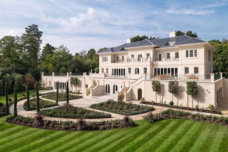 Woodrow MansionBack Garden View.jpg