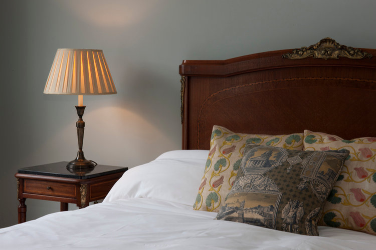 Rako Master Bedroom Lighting Devonia Roa