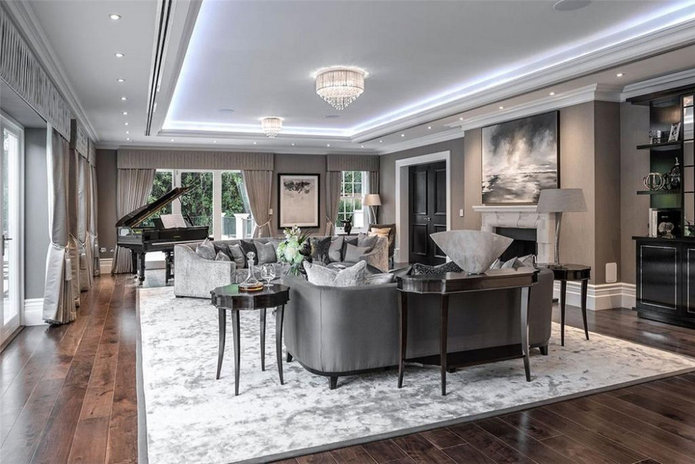 Woodrow Mansion Piano room