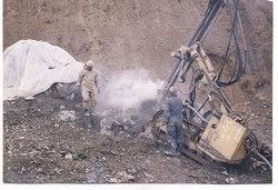 عملیات حفاری چال های زهکش توسط دریل واگن
