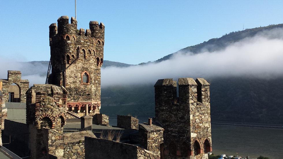 Burg Nebel.jpg