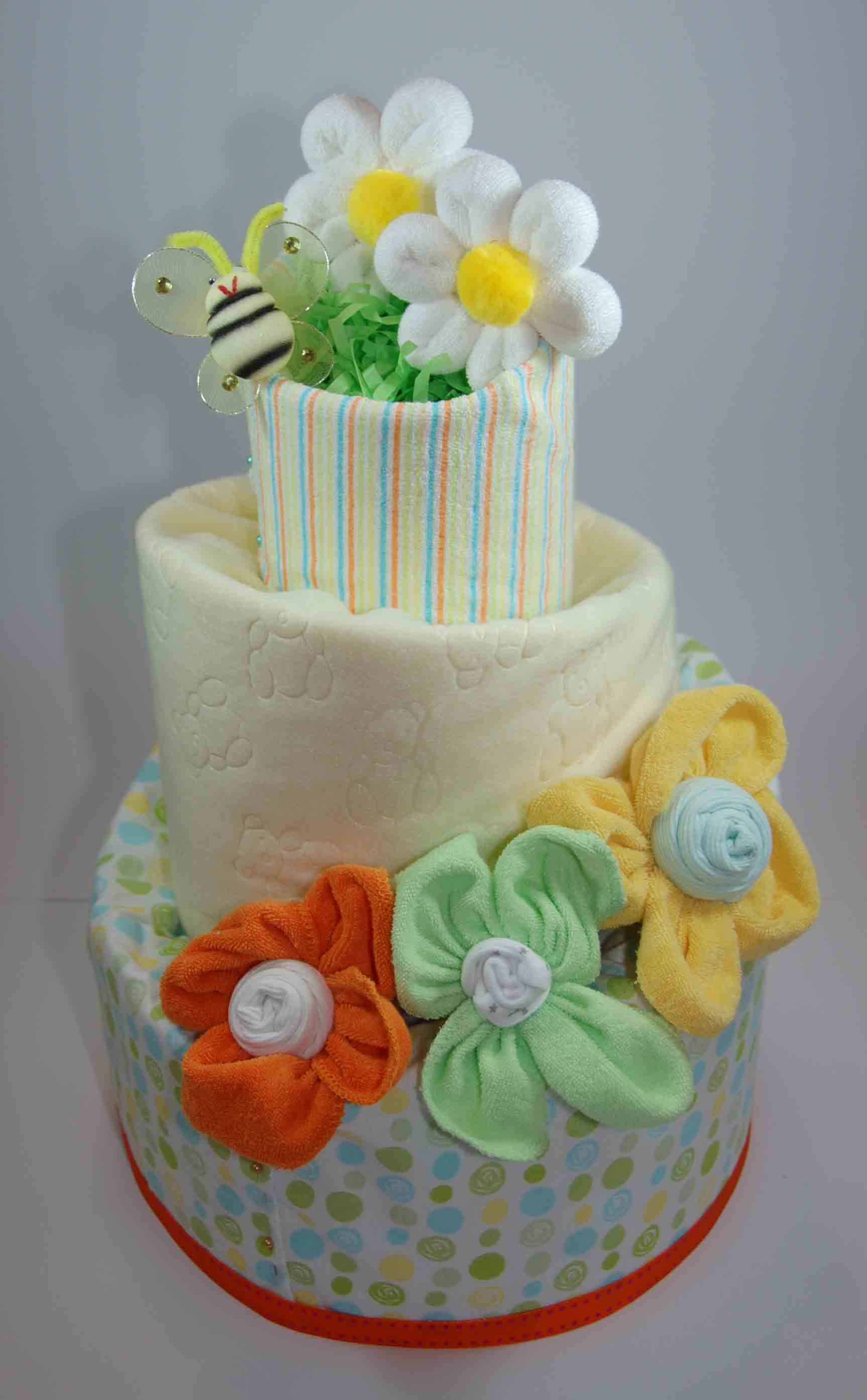 Cakes in Neutral colours