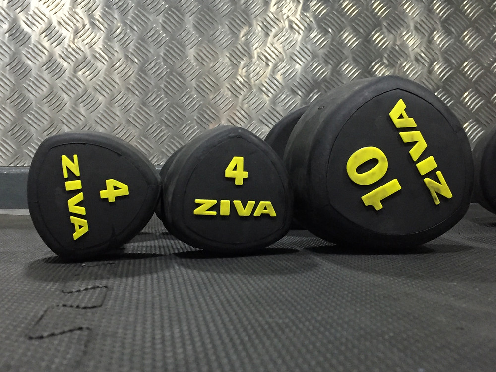 3 weights - from left to right; Size 4, Size 4 and Size 10