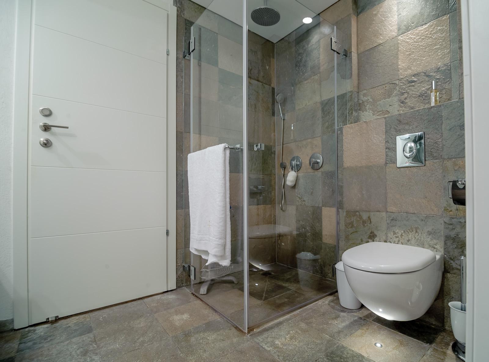 המקלחת
