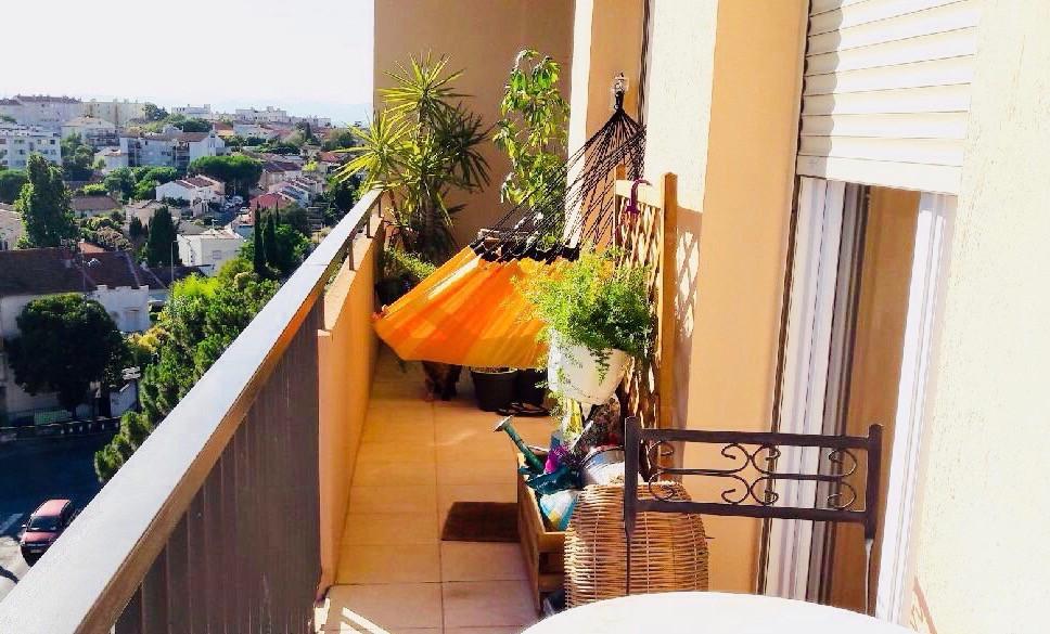 Hamac pour un petit balcon