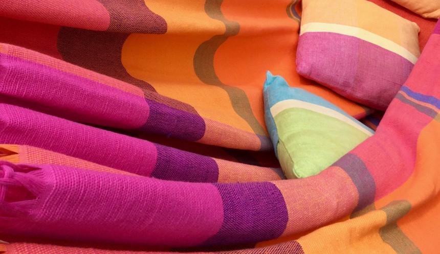 Hamac extra large en couleurs rose, orange, jaune