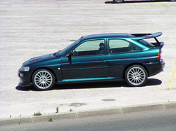 4 Ford_Escort_RS_Cosworth_10