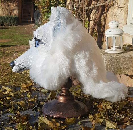 La Louve  Sculpture  en papier maché Dim : 30*21*34 cm