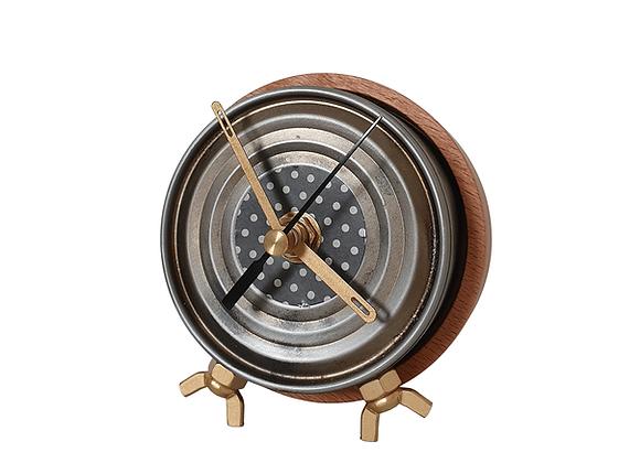 שעון פחית טונה ממוחזרת