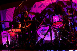 king gizzard Ludwig kit - hire Melb