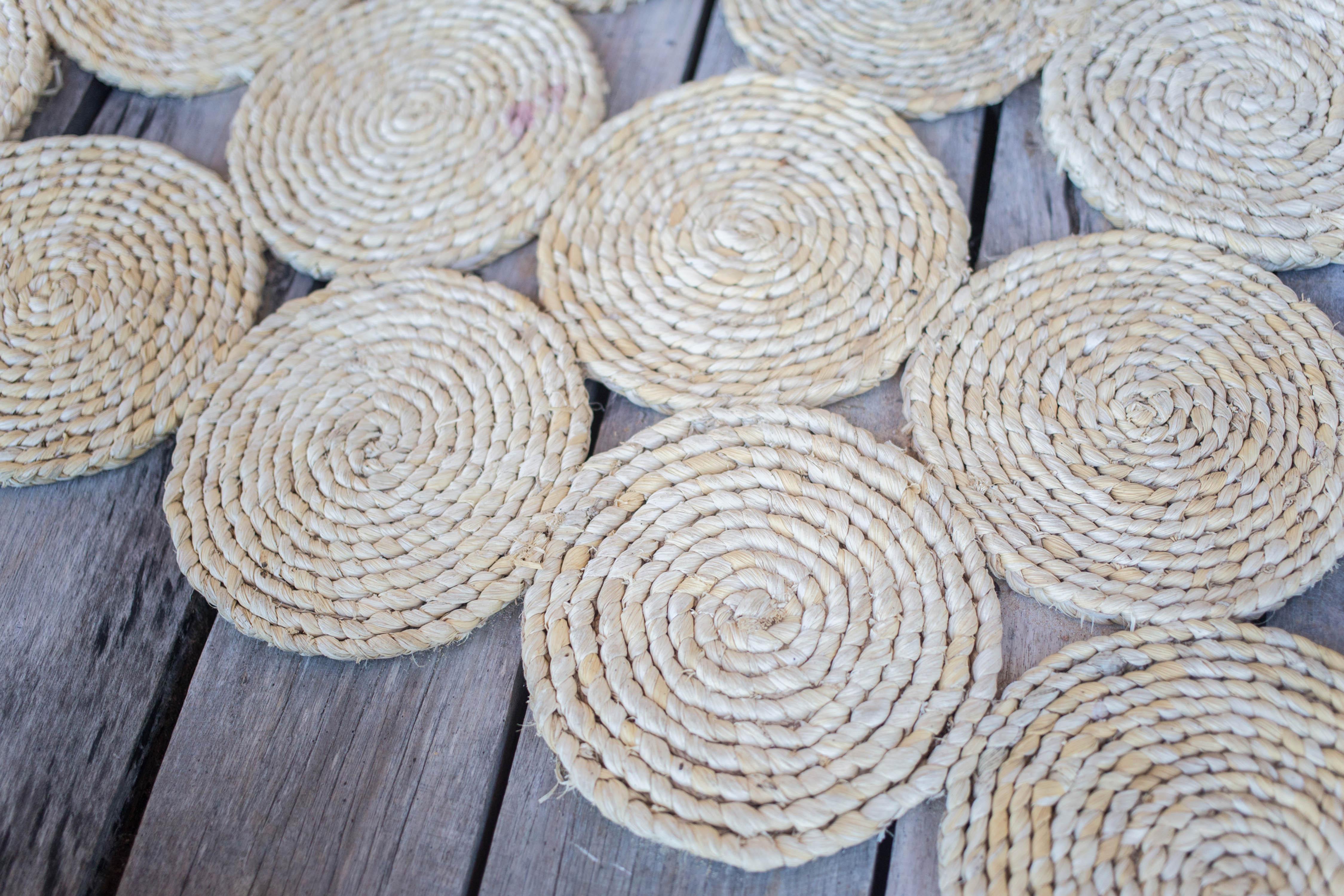 maize circle mat handmade sustainable product