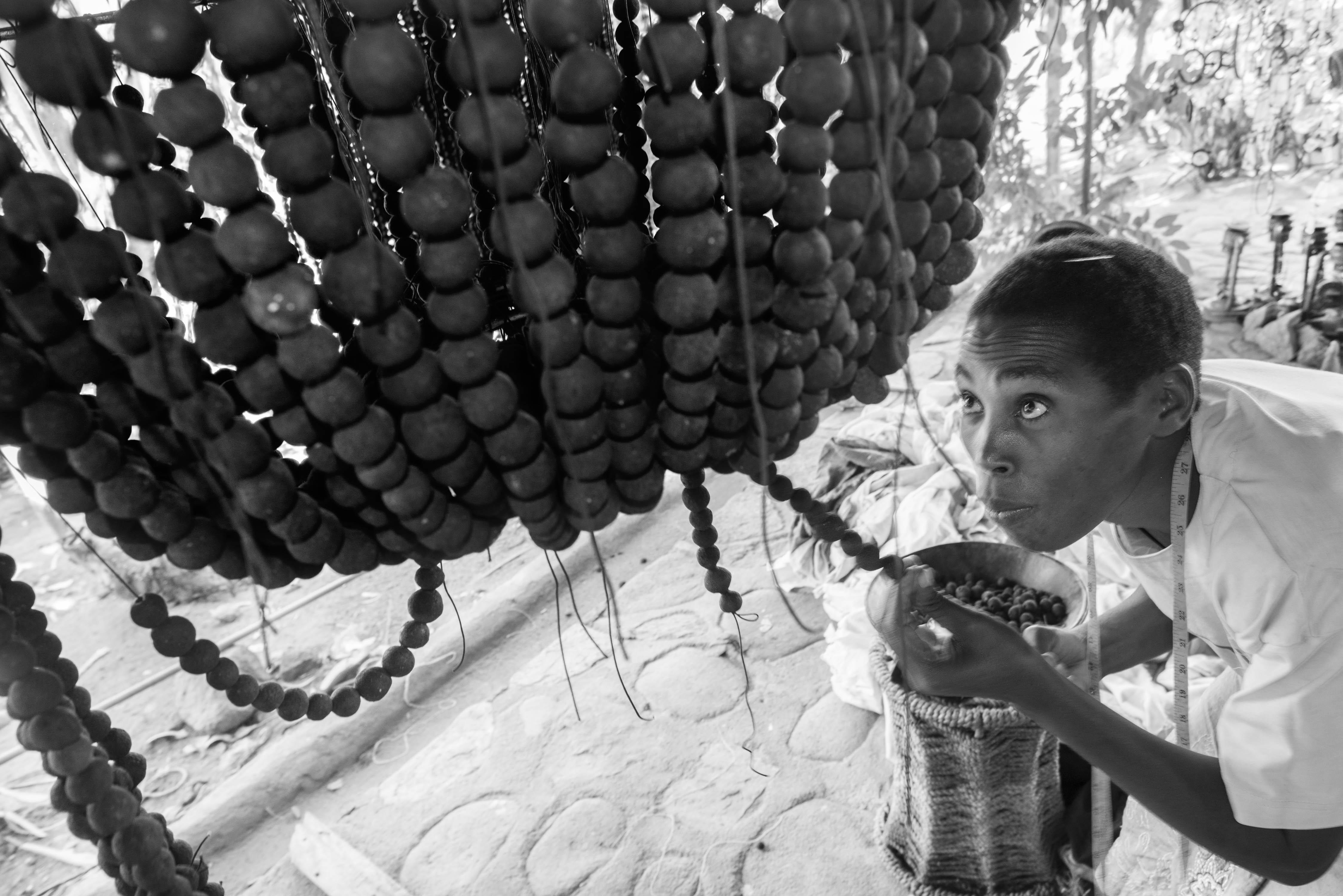 handbeaded clay beads women empowerment