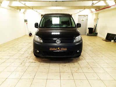 Замена лобового стекла VW Caddy