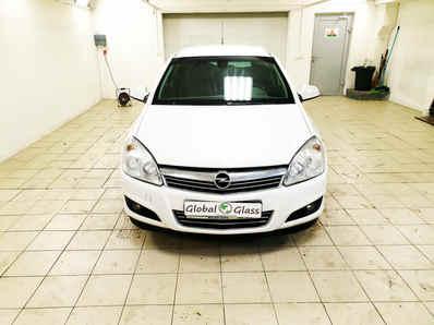 Замена лобового стекла Opel Astra H