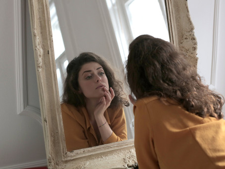 Miroir, mon beau miroir, dis-moi que je suis belle !