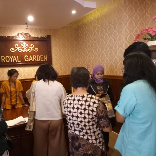 opening outlet royal garden spa 2.jpg
