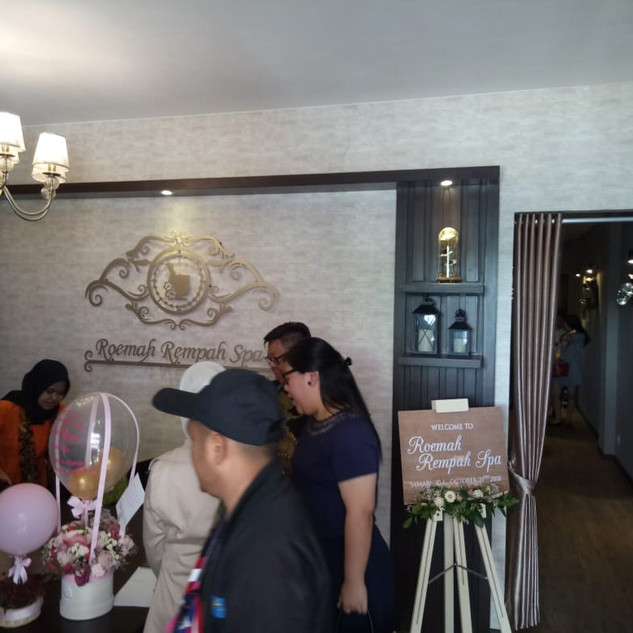 opening outlet royal garden spa 6.jpg