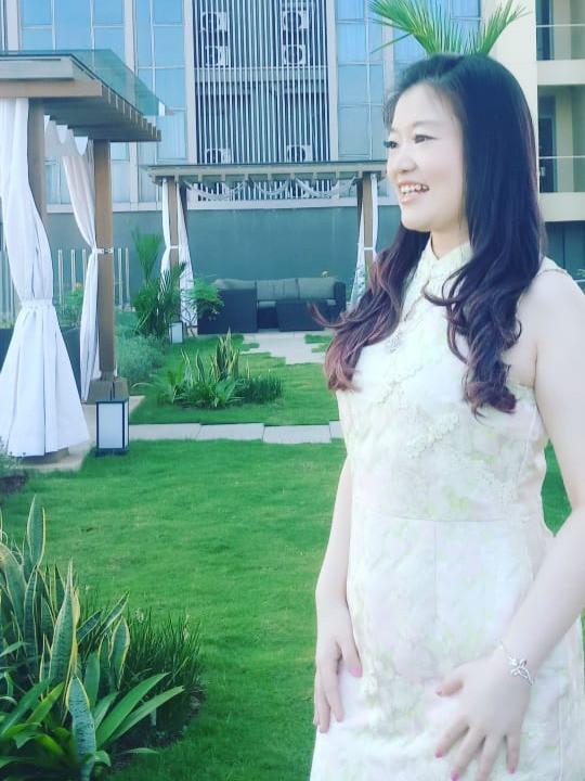 Anita Feng, ST, MM Pengusaha Muda Sukses & Inspiratif
