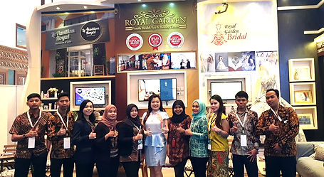 Royal Team di pameran IFRA 2019.jpg