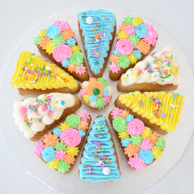 8 Slice ~ $40 10 Slice ~ $50 12 Slice ~ $60 14 Slice ~ $70  - can select any flavour from our list - 8 & 10 slice come with a mini cupcake in the middle, 12 slice comes with a standard cupcake in the middle, 14 slice comes with a large cupcake in the middle  * Sprinkles may vary