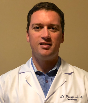 Dr-Rodrigo_site-Clinica-Riccardi.png