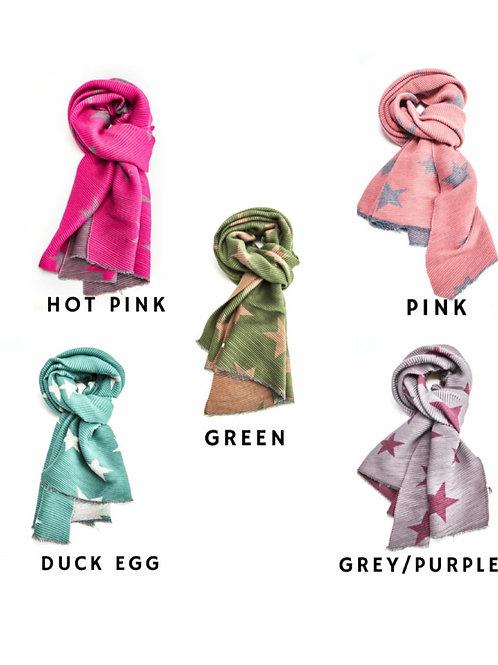 Pleated stars winter scarf