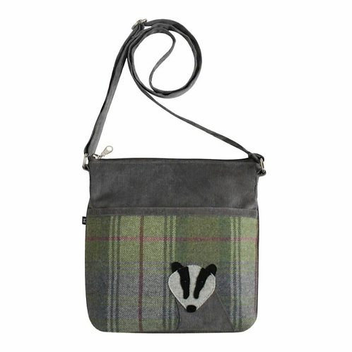 Grey badger tweed applique amelia bag