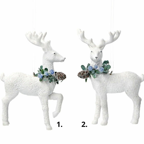 White resin deer with blueberries (17083)