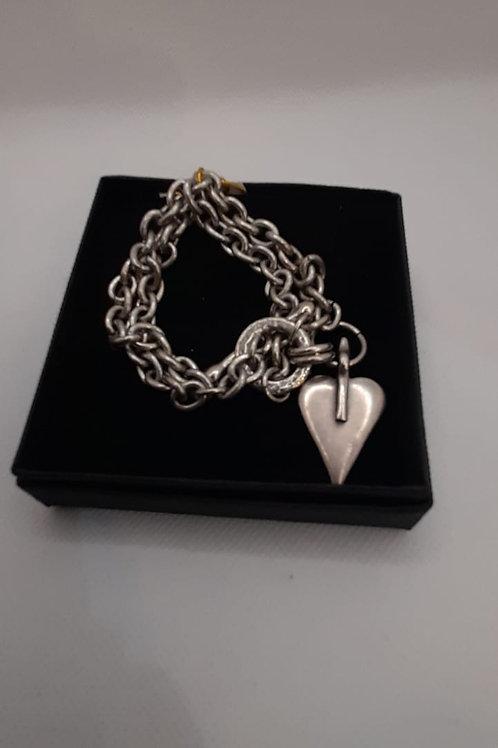 Chunky heart chain t-bar bracelet