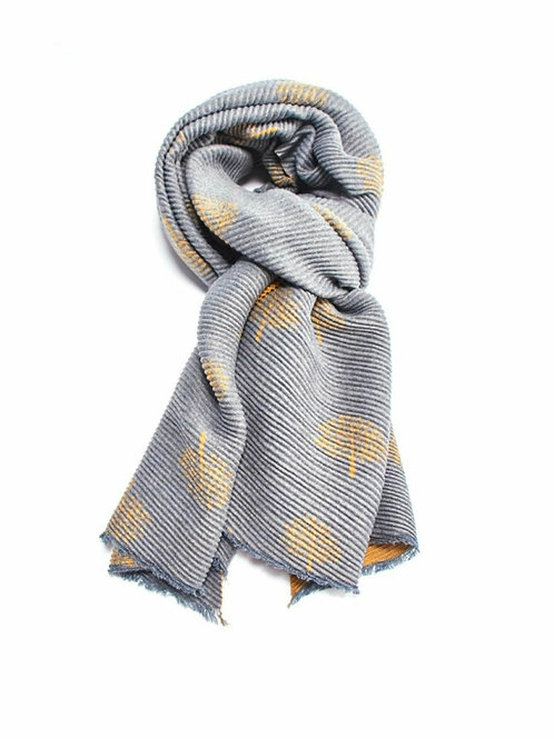 Pleated trees winter scarf