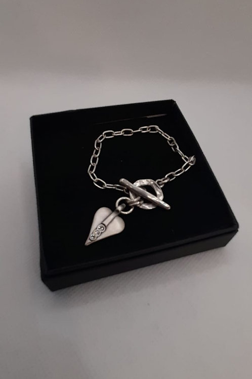 Signature heart chain t-bar bracelet with crystal detail