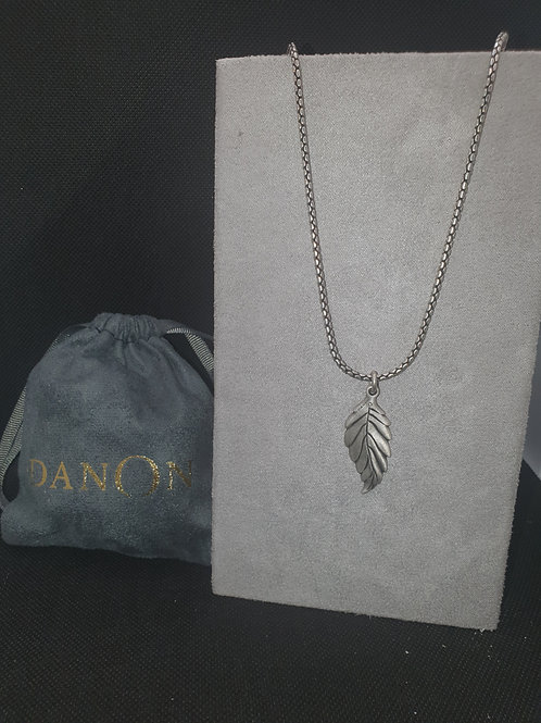 Extra large leaf necklace