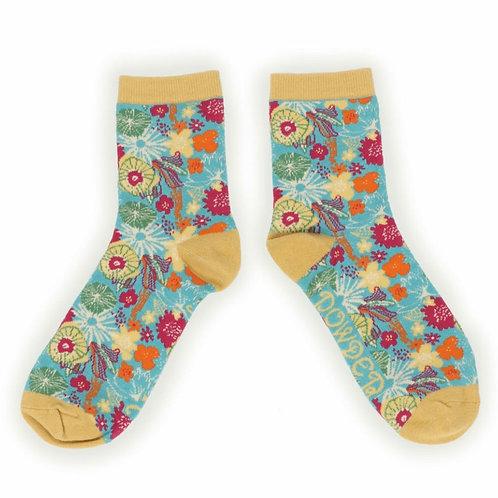 Modern floral ankle socks