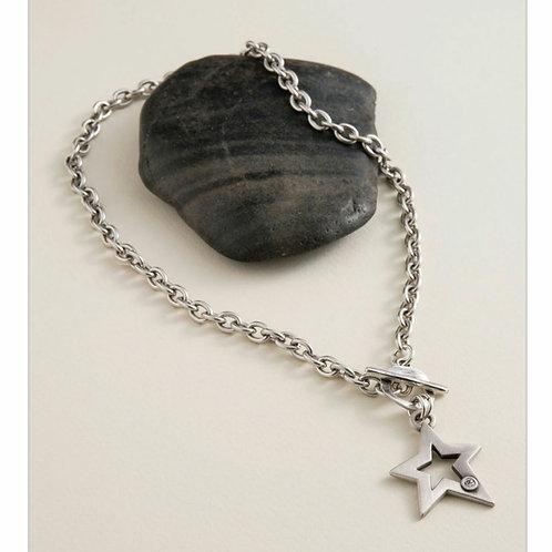 Atria star necklace
